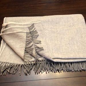 Faribault Woolen mill 100% wool blanket.